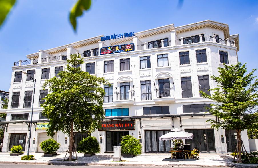 TƯNG BỪNG KHAI TRƯƠNG SHOWROOM TP HỒ CHÍ MINH